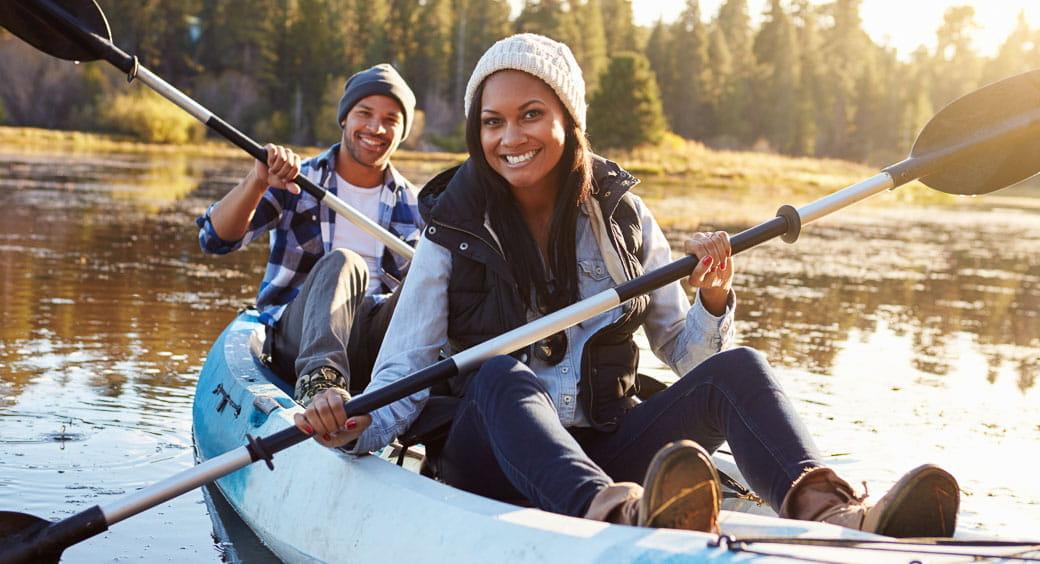 Houseboat Vacation Spots - Couple Lake Kayaking