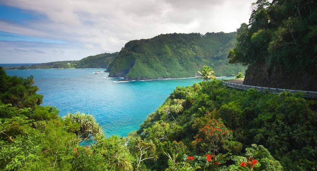 Visiting Hawaii on a Budget - Maui Road to Hana