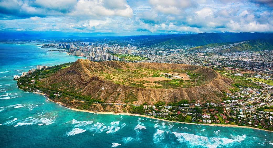 Visiting Hawaii on a Budget - Oahu Diamond Head