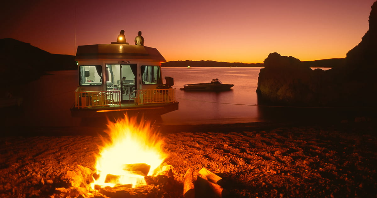 12 Fabulous and Affordable Houseboat Vacation Spots Across the U S