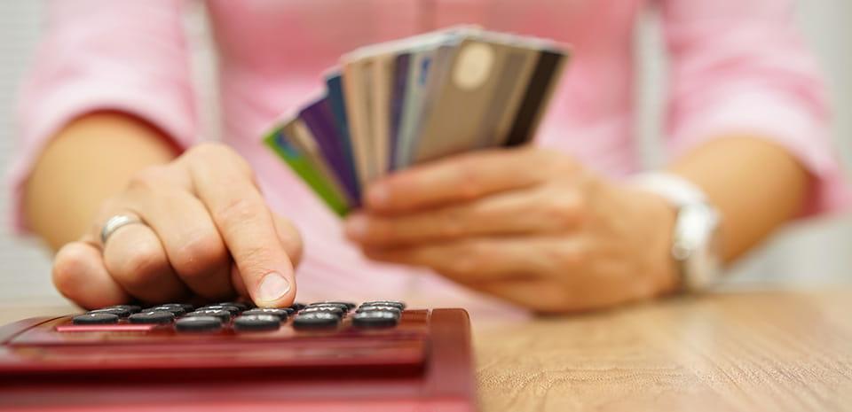 consolidando su deuda
