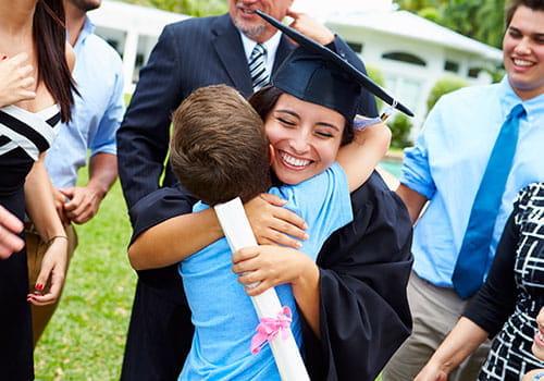 graduada feliz